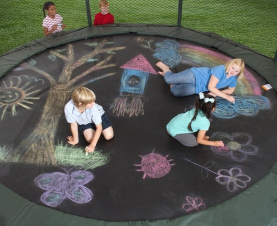 696-drawing-trampoline-מציירים-טרמפולינה