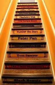 307-stairs-books-מדרגות-ספרים