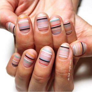 8439-nail-dots-ציפורניים-נקודות