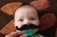 98-mustache-pacifier-מוצץ-שפם