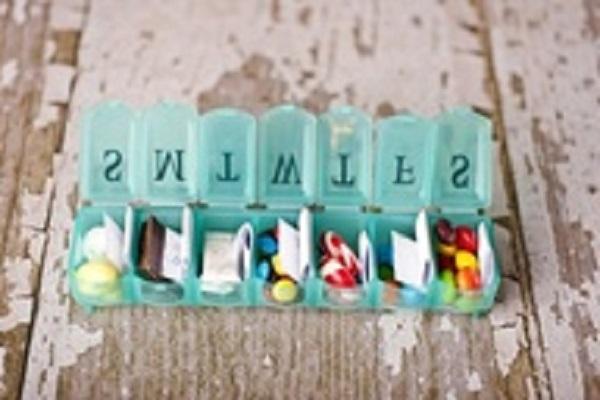 974-box-letters-מכתבים-בקופסא