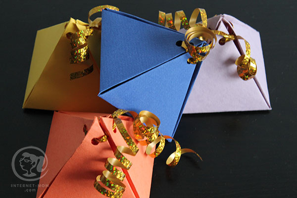 2531-DIY-gift-wrap-עטיפה-פירמידה-מנייר