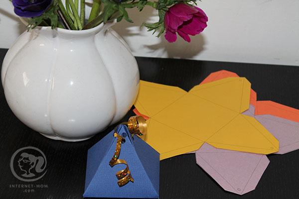 2532-DIY-gift-wrap-עטיפה-פירמידה-מנייר