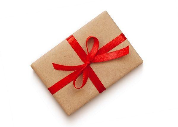 איך נעטוף את מתנות החג