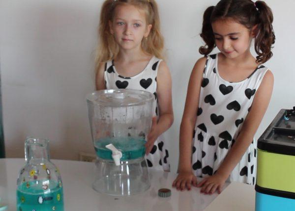 הפלפליות מכינות נוזל בועות סבון!