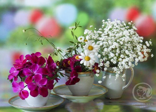 סידורי פרחים לשולחן החג