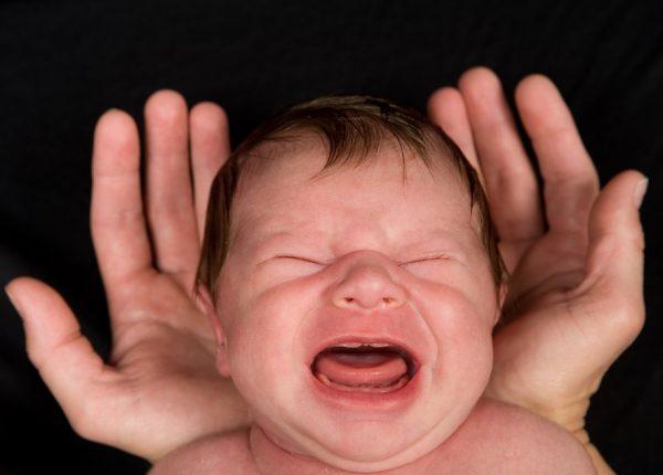 איך נותנים תרופה לפעוטות ותינוקות